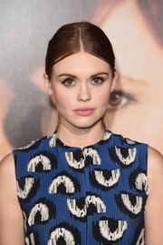 Holland Roden worked a severe center part at the premiere of 'The Danish Girl.'