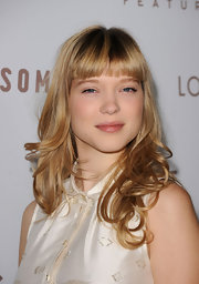 French actress Lea Seydoux showed off medium curls and blunt cut bangs while attending the premiere of 'Somewhere'.