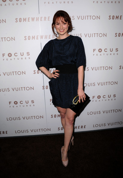 More Pics of Ellie Kemper  Loose Bun (1 of 18) - Loose Bun Lookbook - StyleBistro