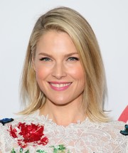 Ali Larter sported a stylish flip at the premiere of 'Super Troopers 2.'