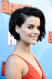 Jaimie Alexander kept it short and sweet with this side-parted bob at the premiere of 'The Brink.'