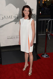 Michelle Fairley chose a more mod-style look with this white tent dress.