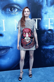 Sophie Turner looked sassy in a kabuki-inspired sequin dress by Louis Vuitton at the premiere of 'Game of Thrones' season 7.