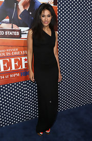 Janina Gavankar chose a long black dress for her look while attending the 'Veep' season 2 premiere.