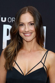 Minka Kelly showed off summer-chic waves at the premiere of 'The Path.'
