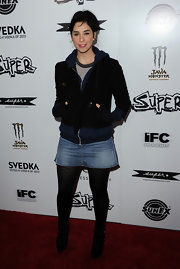Sarah wore a jean skirt with her hoodie and patterned tights for the 'Super' premiere.