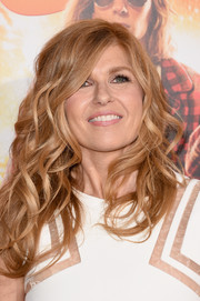 Connie Britton looked fab with her lush curls at the premiere of 'American Ultra.'