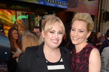 "Elizabeth Banks Rebel Wilson Premiere Of Lionsgate's ""What To Expect When You're Expecting"" - Red Carpet"