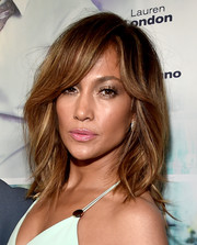 Jennifer Lopez wore her hair down to her shoulders with subtle waves when she attended the 'Perfect Match' premiere.