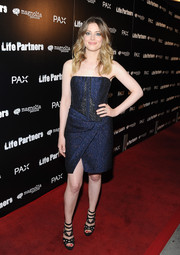 Gillian Jacobs worked the 'Life Partners' red carpet in a J. Mendel strapless corset dress with a wraparound skirt and a front slit.
