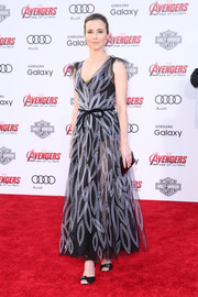 Linda Cardellini looked dreamy (with a hint of sexiness) in a sheer, embroidered black-and-white Yanina Couture dress at the premiere of 'Avengers: Age of Ultron.'