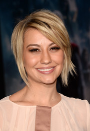 Chelsea Kane styled her hair in an edgy-chic layered razor cut for the premiere of 'Thor: The Dark World.'