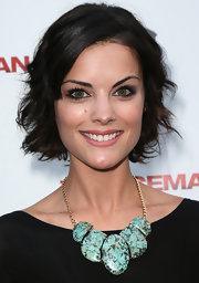 Jaimie Alexander looked darling at the 'Iceman' premiere with this short wavy 'do.