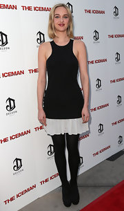 Jess Weixler looked a little sporty at the 'Iceman' premiere in her sleeveless LBD, but that white hem added a feminine touch.