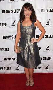 The metallic sheen on Lacey Chabert's dress was fun and fantastic.