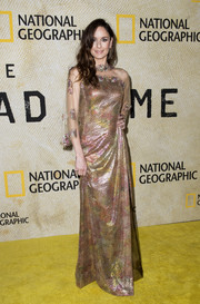 Sarah Wayne Callies looked divine in a sheer-panel metallic gown by Luisa Beccaria at the premiere of 'The Long Road Home.'
