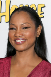 Garcelle Beauvais wore a simple slicked-down hairstyle when she attended the premiere of 'Fuller House.'