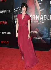 Paz Vega donned a floor-sweeping raspberry wrap dress for the premiere of 'Ingobernable.'