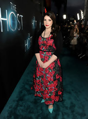 Stephenie Meyer wore this pretty rose-print frock to the premiere of 'The Host.'