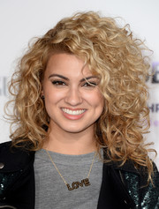 Tori Kelly rocked wild curls during the premiere of 'Justin Bieber's Believe.'