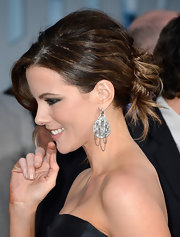 Kate Beckinsale's pinned updo looked perfectly disheveled and absolutely gorgeous on the red carpet.