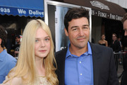 Kyle Chandler and Elle Fanning Photo