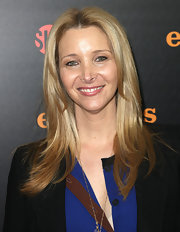 Lisa Kudrow topped off her look with a shiny center-parted 'do at the 'Episodes' premiere reception.