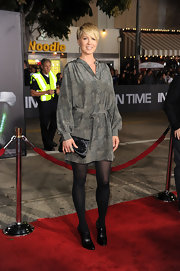 Jenna Elfman donned a silk tunic dress with a subtle mossy print for the 'In Time' premiere.