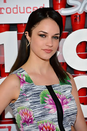 Alexis Knapp opted for a more casual look with this half up and half down 'do at the '21 and Over' premiere.