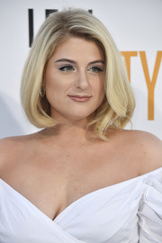 Meghan Trainor looked classic and sweet with this bob at the premiere of 'I Feel Pretty.'