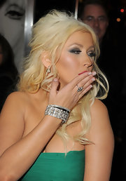 Christina Aguilera finished off her glamorous look with a sparkling diamond bracelet. It was the perfect way to offset her kelly green Elie Saab Fall 2008 dress.
