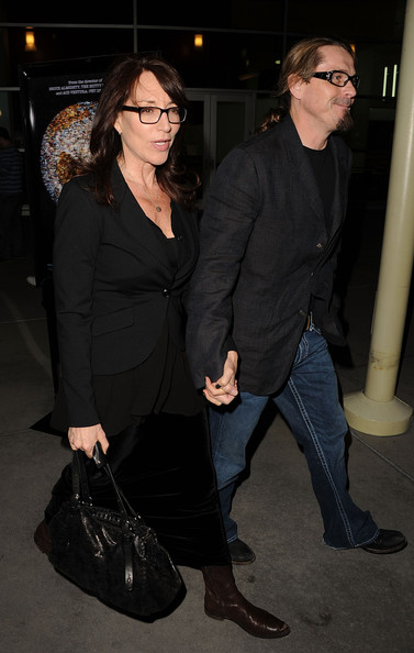 Katey Sagal topped off her all-black layered look with a fitted blazer during the 'I Am' premiere.
