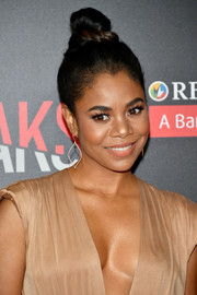 Regina Hall pulled her locks up into a trendy top knot for the premiere of 'When the Bough Breaks.'