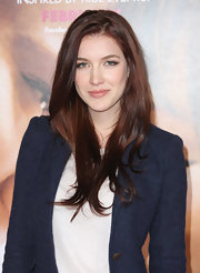 Nathalia Ramos wore her long auburn tresses down for an ultra-casual look at the premiere of 'The Vow.'
