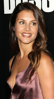 Hannah Ware chose a nude lipstick with a hint of mauve for the premiere of Starz 'Boss'. The color complemented the dusty amethyst shade of her dress and had lots of smile enhancing shine.