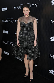 Lynn Collins looked like a retro doll in this polka-dot dress at the 'Magic City' premiere.