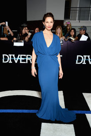 Ashley Judd went for classic glamour in a draped blue Elie Saab gown during the 'Divergent' premiere.
