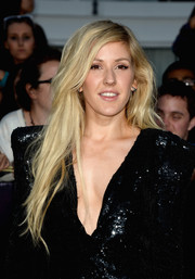 Ellie Goulding left her flowing hair loose with a side part when she attended the 'Divergent' premiere.