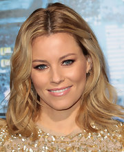Elizabeth Banks wore a sheer glossy pink lipstick at the premiere of 'Man on a Ledge.'