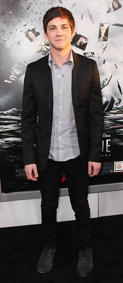 Logan Lerman rocked a pair of black skinnies at the premiere of 'Source Code.'