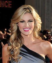 Erin Andrews showed off her glamorous side with long flowing curls.