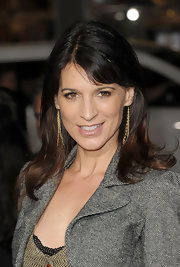 Perrey Reeves wore her hair sleek and straight with short side-swept bangs at the premiere of 'This Means War.'