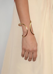 Aubrey Plaza's gold bracelet at the 'This is 40' premiere was oh-so-elegant in its simplicity.
