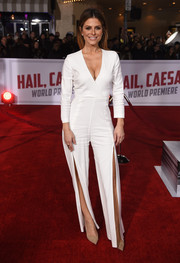 Maria Menounos looked foxy in a deep-V, split-leg white jumpsuit by Veronica Beard at the premiere of 'Hail, Caesar!'