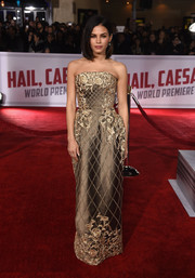 Jenna Dewan-Tatum made a regal entrance in a strapless gold gown by Ralph & Russo Couture during the premiere of 'Hail, Caesar!'