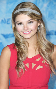 Stefanie Scott oozed sweetness with her twisted waves, complete with a bedazzled headband, during the premiere of 'Frozen.'