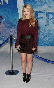 Taylor Spreitler wore a flared brown BCBGeneration mini with her sweater for a girly touch.