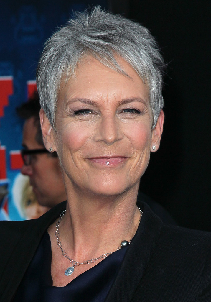 Jamie lee curtis haircut front and back