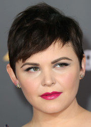 Ginnifer Goodwin swiped on some hot-pink lipstick for an eye-popping beauty look.