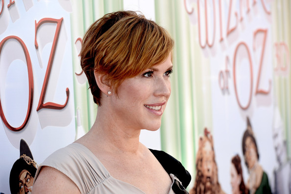More Pics of Molly Ringwald Layered Razor Cut (5 of 6) - Short Hairstyles Lookbook - StyleBistro [the wizard of oz,hair,face,hairstyle,beauty,layered hair,brown hair,bangs,feathered hair,long hair,smile,tcl chinese theatre imax,molly ringwald,actress,3d,los angeles,warner bros. home entertainment,premiere,the grand opening,premiere]